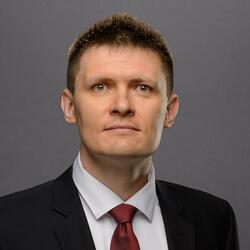 Alexander Zverintsev headshot