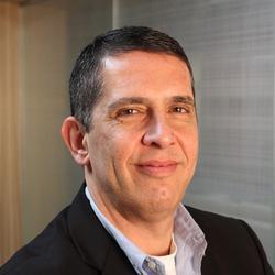 Mario Faria