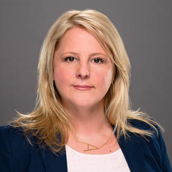 Allison Kinnaird headshot