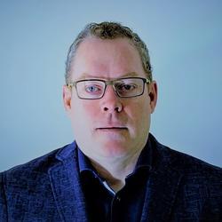Michael Fahey headshot