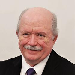 Graham Price headshot