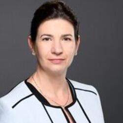 Susan Noiles headshot