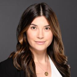 Nadine Baziuk headshot