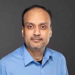 Yaj Bhattacharya headshot