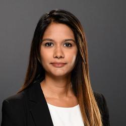 Elysca Fernandes headshot