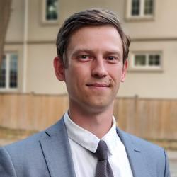 Anton Malekov headshot