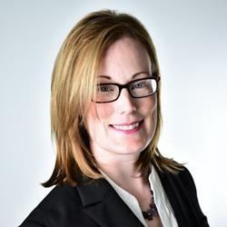 Karen Mann headshot
